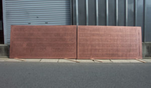 銅板製芳名板・正願寺様 寸法:銅板寸法 W2000×H1000×D1.0mm/材質:銅板/文字:文字凹彫黒入れ 防錆加工